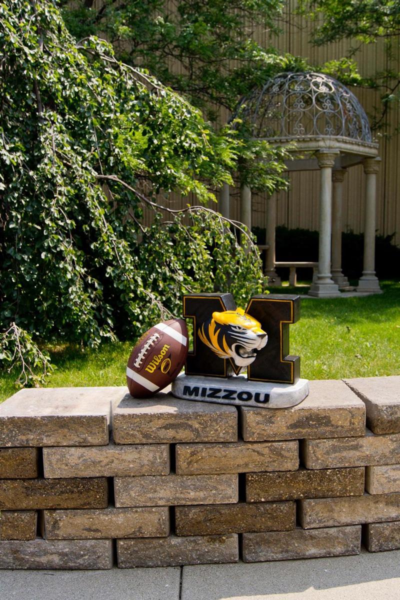 of University Missouri Tiger statue